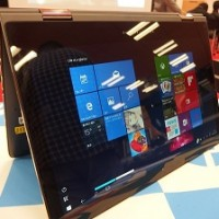 catch2-hp-spectre-13-x360-limited-edition-stand1