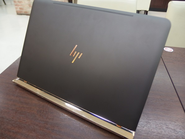 hp-spectre-13-top2