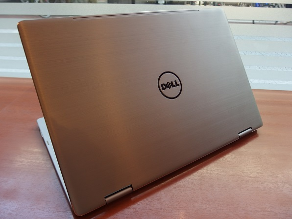 inspiron-15-7000-2-in-1-top2