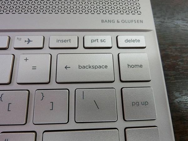 spectre-x360-13-ae000-sp-keyboard4